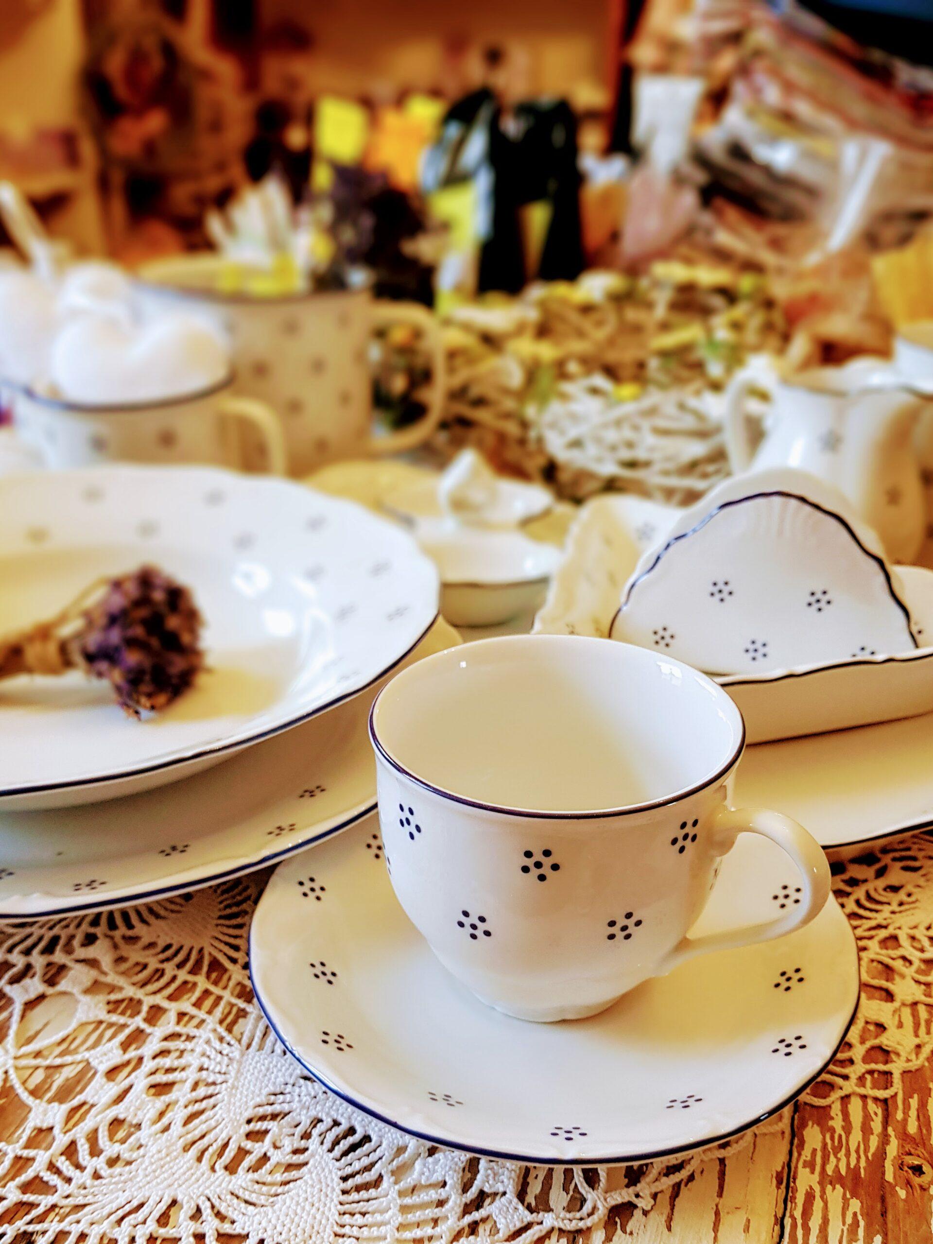 Porcelán a nádobí